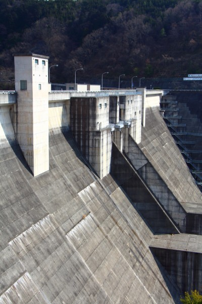 重力式コンクリートダム