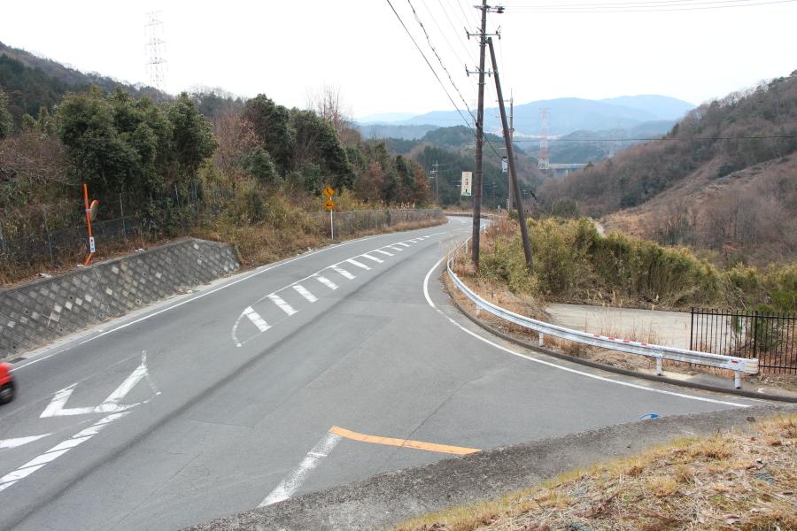 桜峠から南方を望む