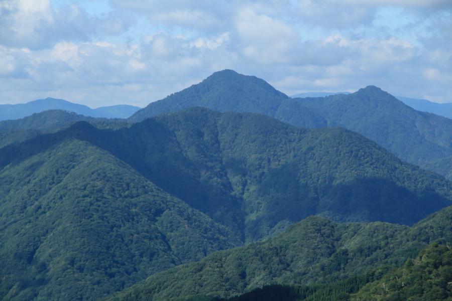 岐阜県の山並み