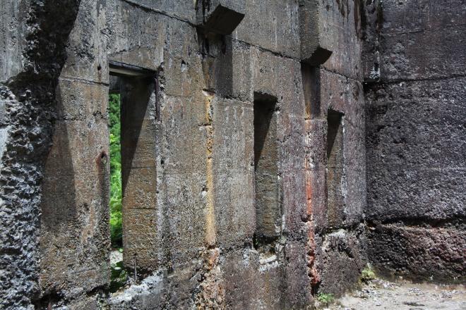 土倉鉱山跡の写真4