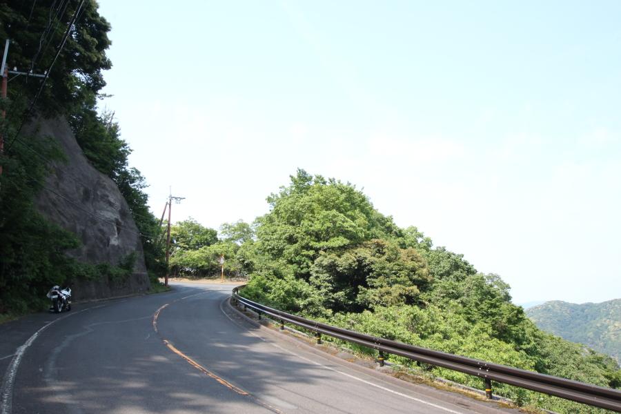 久須夜ヶ岳エンゼルラインの路面