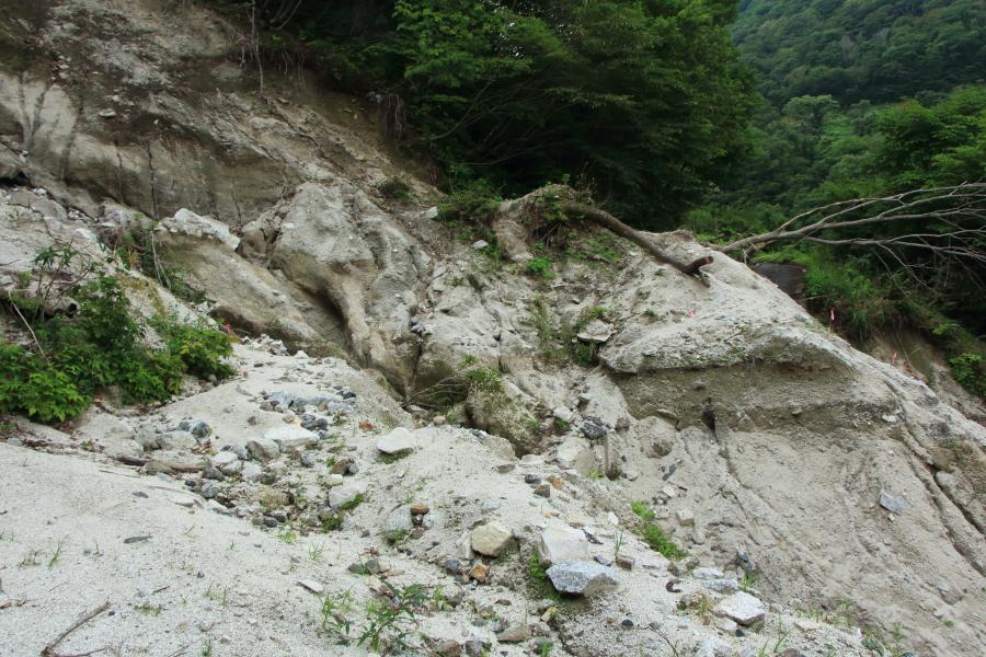 国見峠の土砂崩れ