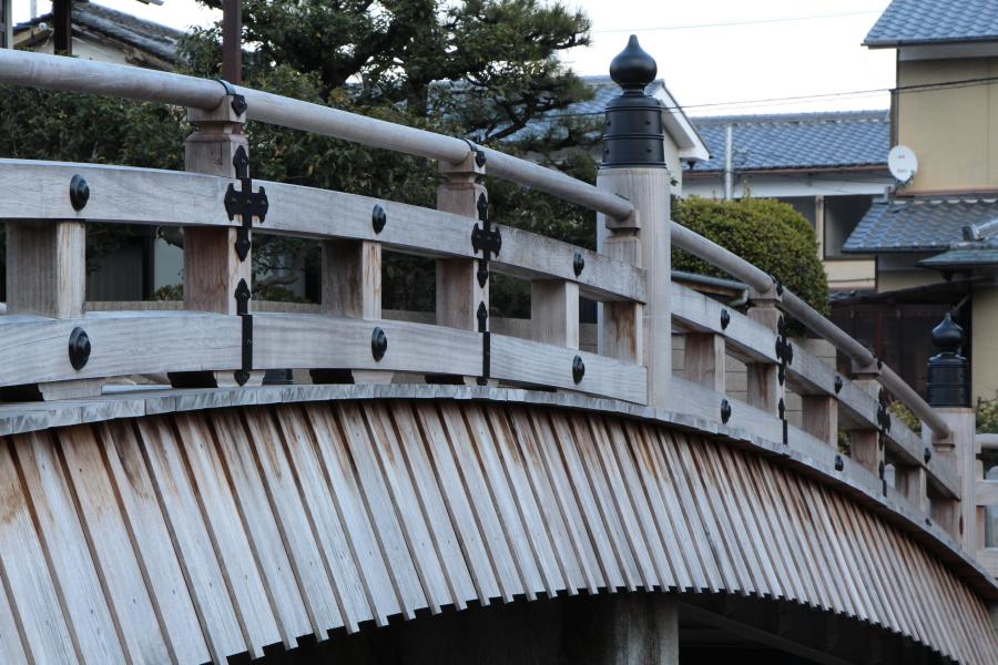 安居橋(あんごばし)通称、たいこ橋