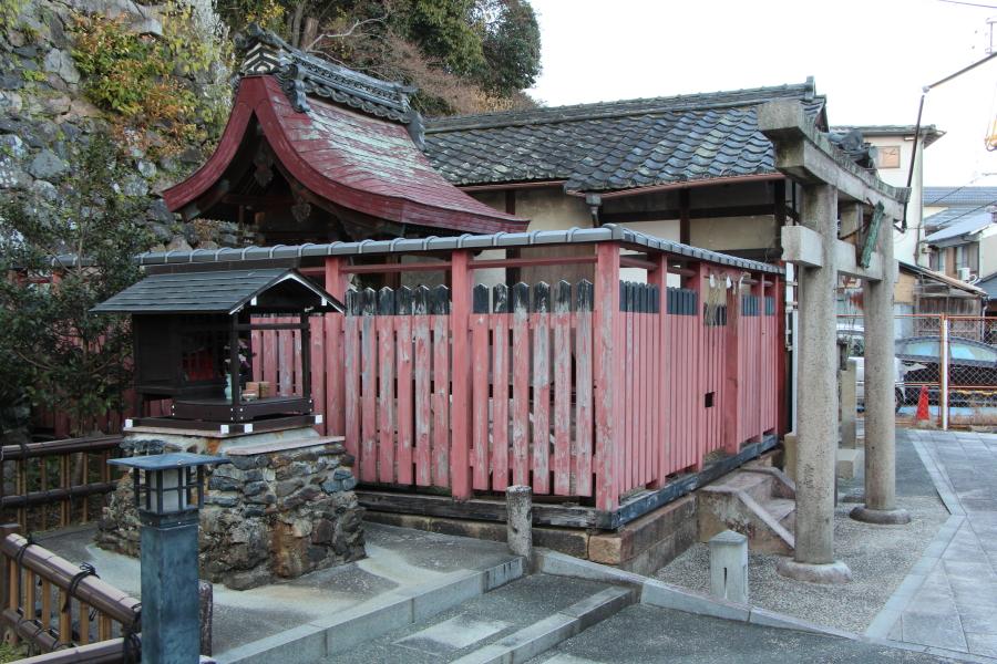 山ノ井戸の碑