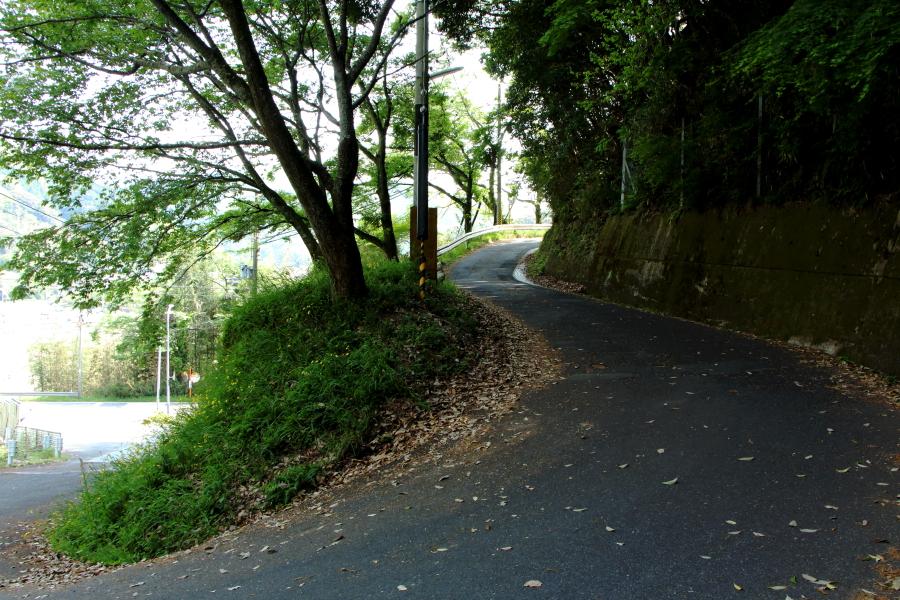 三国越への道