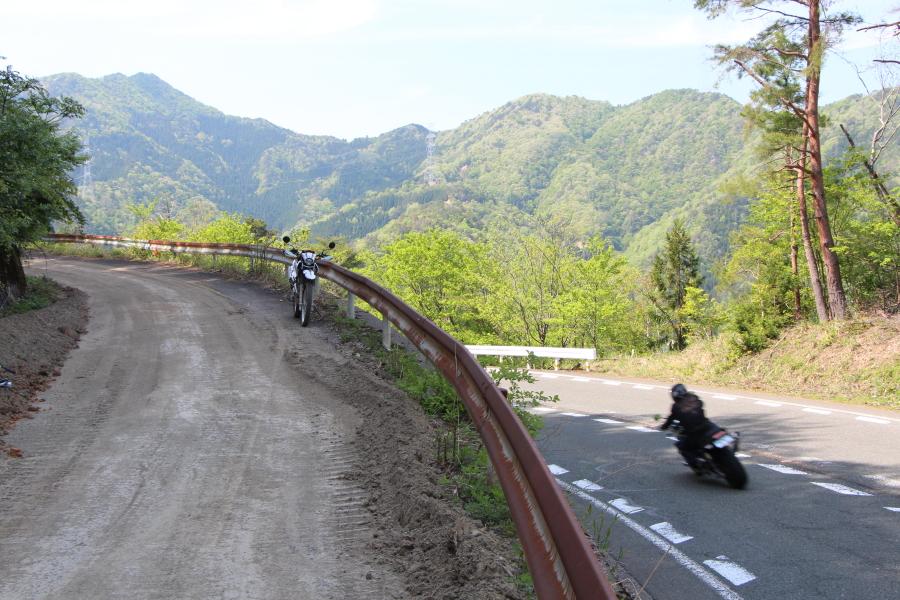 堀越峠の福井県側の進入口