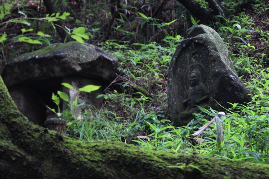 平石峠の地蔵