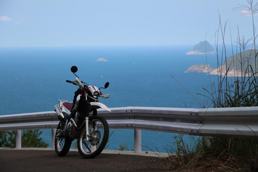 ブルーに輝く日本海