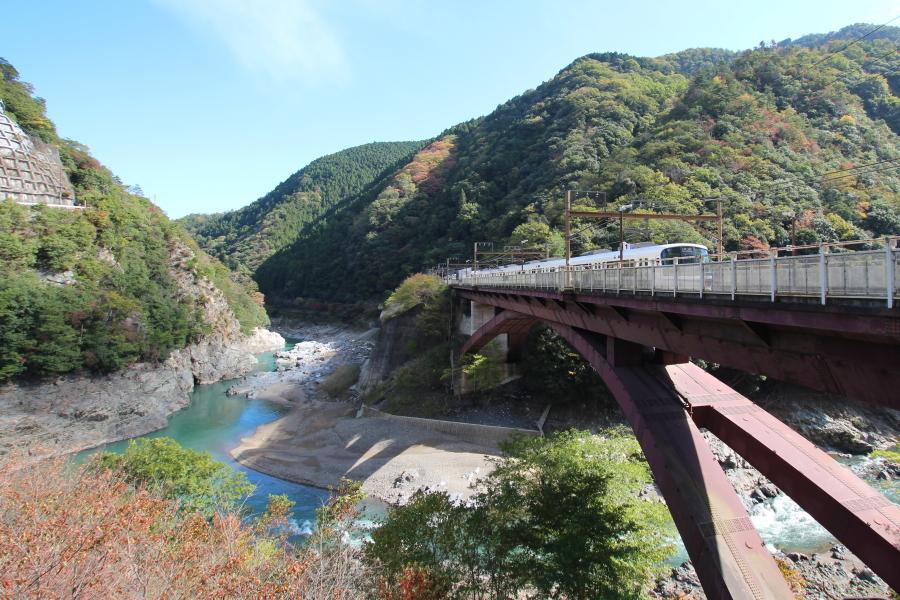 JR山陰本線保津峡駅