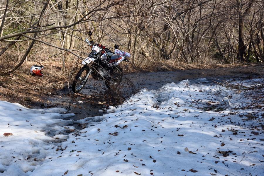 林道 黒河マキノ線の残雪